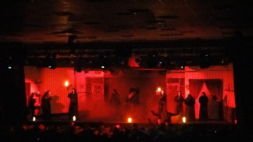 Horror Play   'In Love with the   devil'